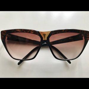 Vintage Italian Designer Laura Biagotti Sunglasses